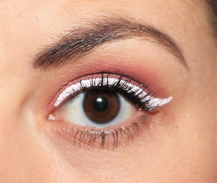 maquillage bordeaux et blanc msc