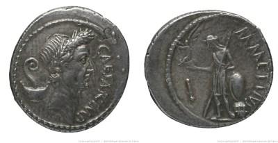 1526JU – Denier César – Marcus Mettius