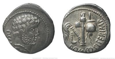 1726DO – Denier Domitia – Cn. Domitius Calvinus