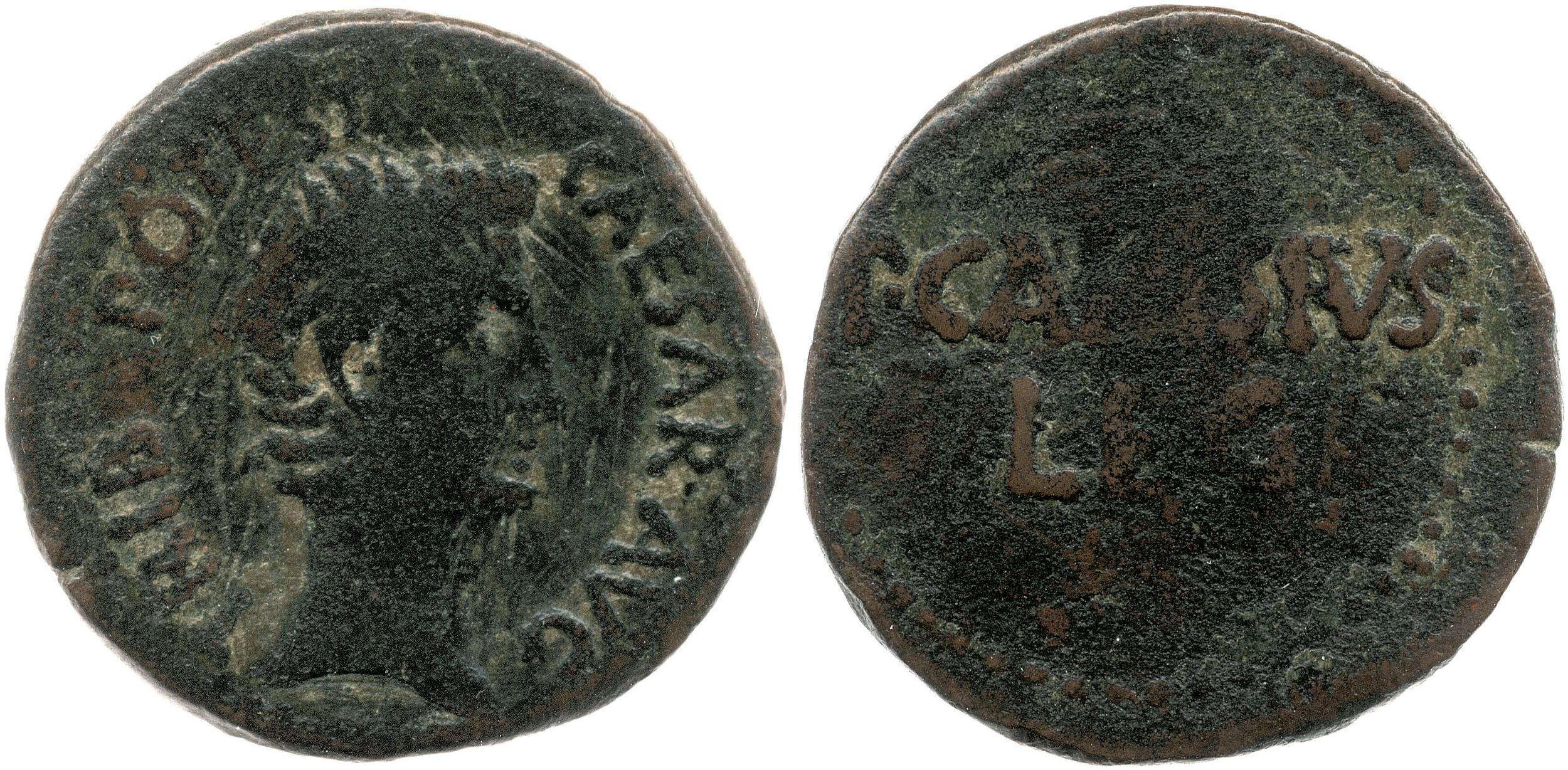 2454AU – As Auguste – P. Carisius