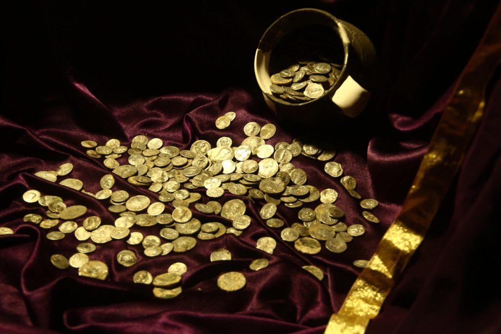Un exceptionnel trésor monétaire  découvert à Aizanoi