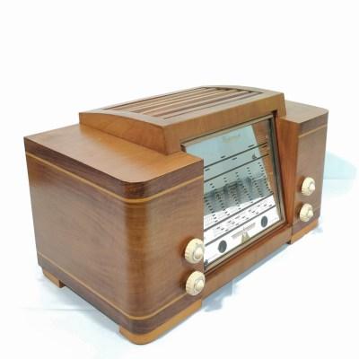 Radiomuse Amivox A1 de 1950 : Poste radio vintage Bluetooth —