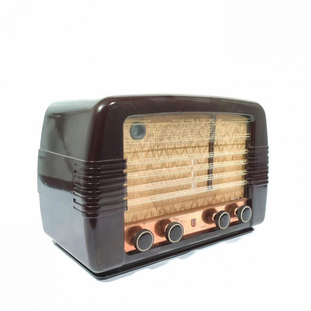 Philips 491U de 1949 : Poste radio vintage Bluetooth