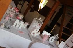mariage-decoration-romantique-miroir-vase-boule-rose-gris-oiseaux-les-embellies-d-amelie09