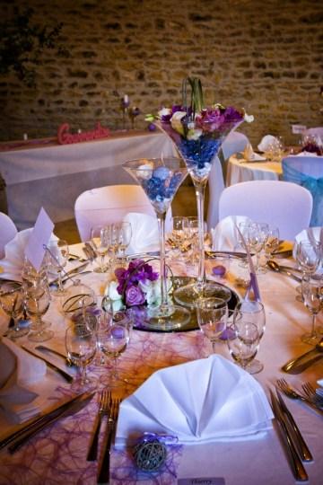 mariage-decoration-vase-martini-fleurs-les-embellies-d-amelie-domaine-albert-regards-complices13