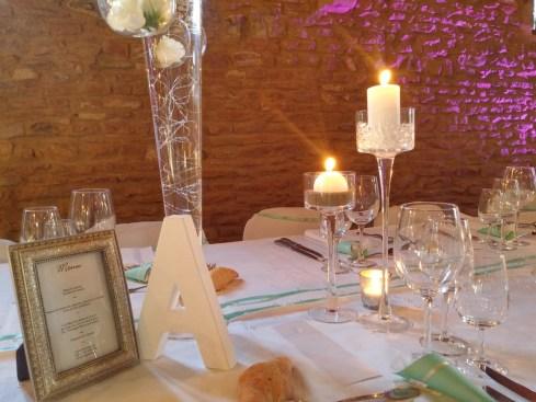 mariage-decoration-vase-tube-or-gypso-moderne-bougies-les-embellies-d-amelie-domaine-de-la-ruisseliere02