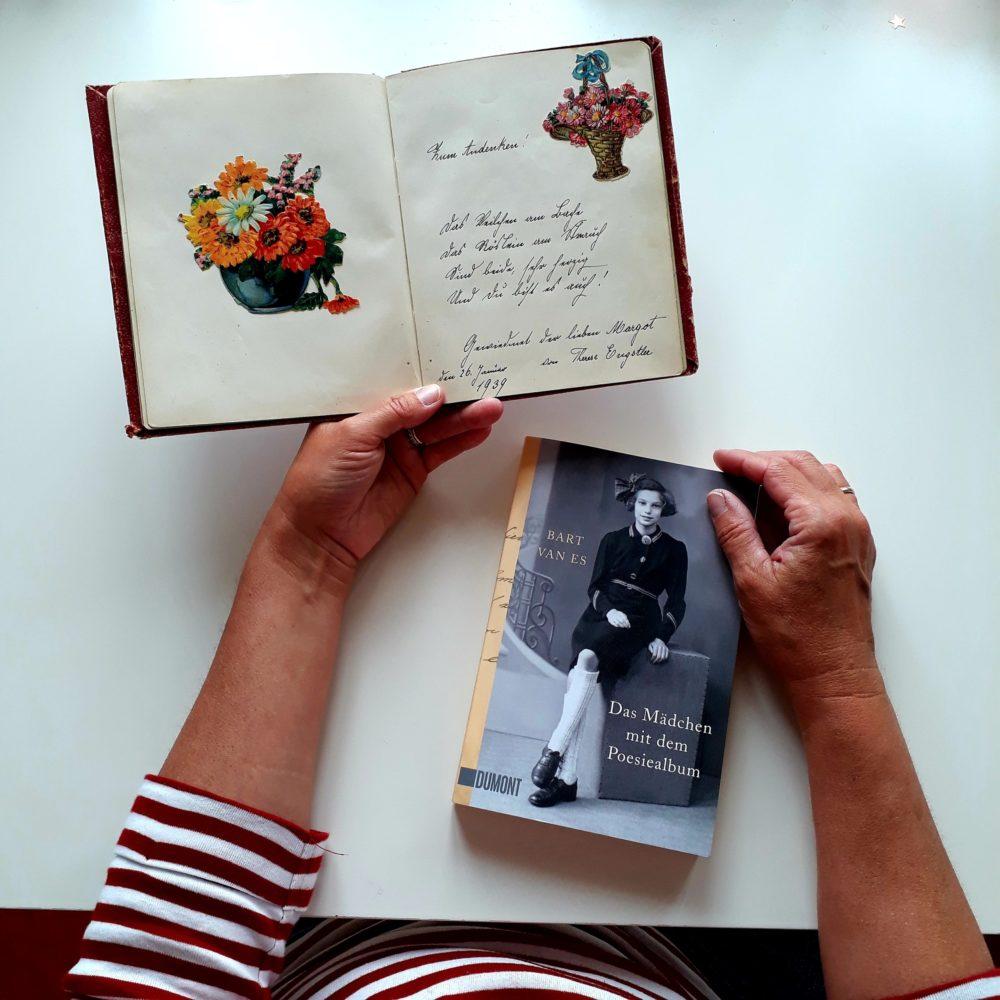 Das Mädchen mit dem Poesiealbum
