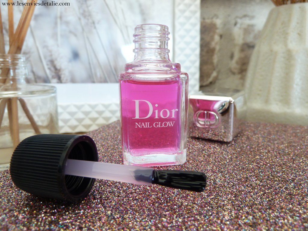 Pinceau du Nail Glow Dior Backstage