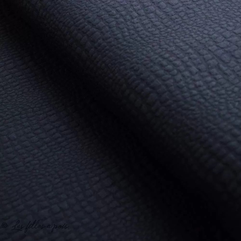 tissu matelasse jersey motif aspect crocodile