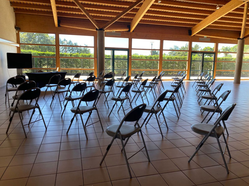 Salle de réunion aux Foréziales