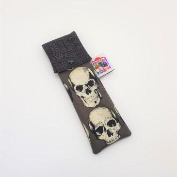 Pochette brosse à dents têtes de mort fond gris
