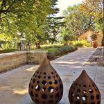 poterie et terrasse maison d'hotes les hauts de saulies