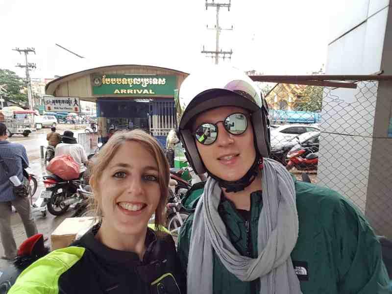 Thaïlande, passage de la frontière du Cambodge avec nos motos 125cc 🛵 9