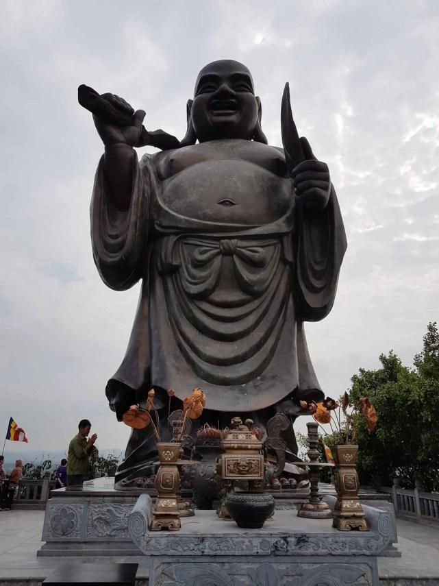 Vietnam, l'incontournable temple de Bai Dinh aux 500 statues 🛕 29