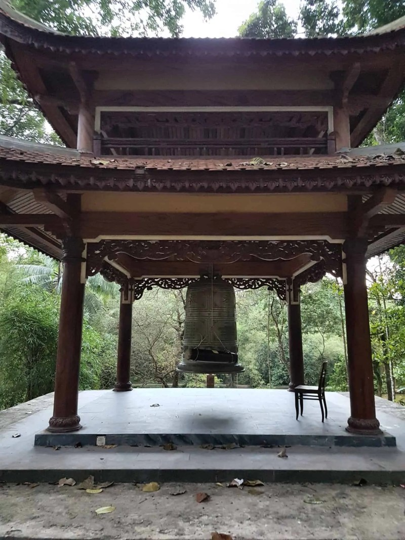 Vietnam, scotchés devant la beauté du mausolée de l'empereur Khai Dinh ⚰ 23