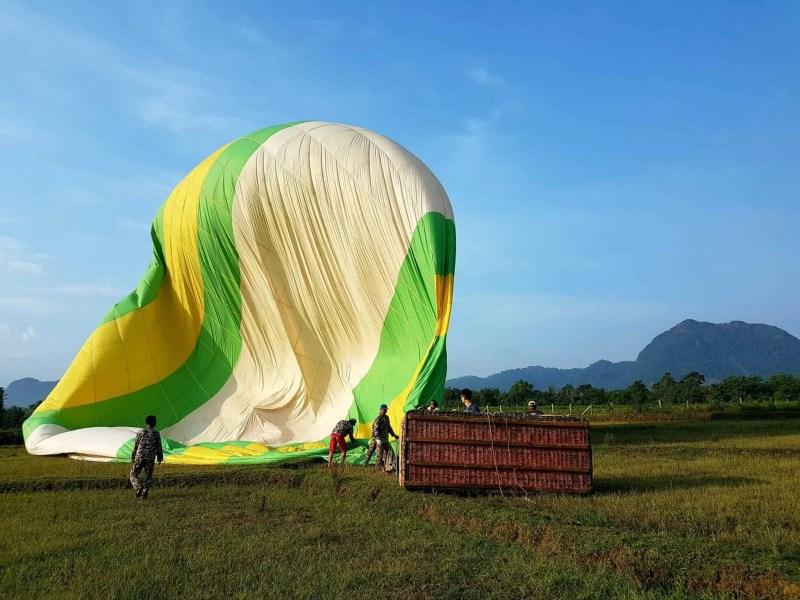 Laos, un vol en montgolfière au dessus de Vang Vieng riche en émotions 🎈 20
