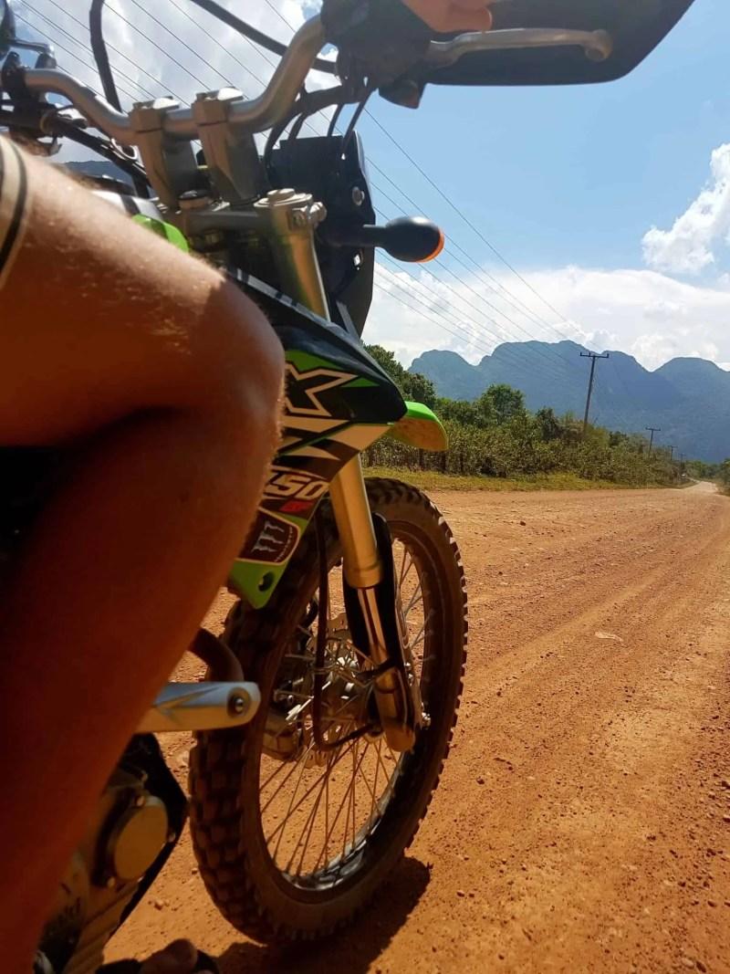 Laos, au cœur de la magnifique campagne de Vang Vieng en moto cross 🏍 6