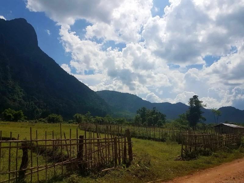 Laos, au cœur de la magnifique campagne de Vang Vieng en moto cross 🏍 9