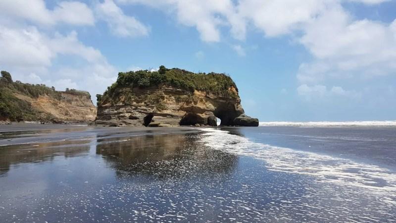 Nouvelle-Zélande, les Three Sisters et l'Elephant Rock plantés au beau milieu de la mer 🐘 10