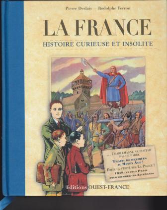 """Image 5 : """"La France - Histoire curieuse et insolite."""" Une imagerie passéiste dans laquelle le professeur pointe à deux élèves (deux garçons) directement vers le grand homme du passé."""