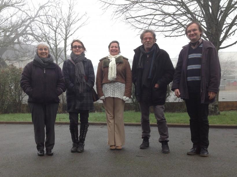 Pour préparer la table ronde du Forum social local du Morbihan du 30 janvier, Annette (Lorient), Nathalie Guillemot (Ploërmel), Anne, Gilbert Lauvergnier (Auray) et Gersan Mogueron (Vannes), se sont réunis, samedi 23 janvier.