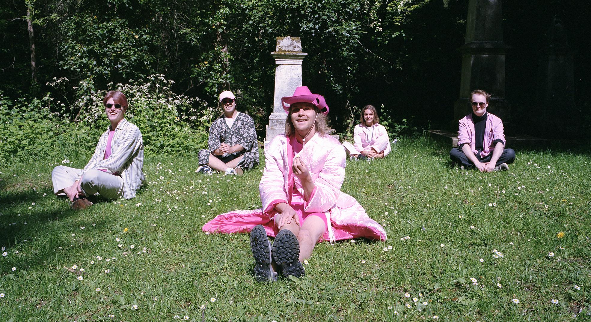 premier album depressif en rose fluo