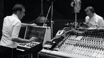 Avec leur studio et label Deewee, les 2 Many DJ's prennent de la hauteur