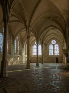 Abbaye-de-Royaumont-refectoire
