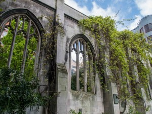 St-Dunstan-in-the-east-church-park-7