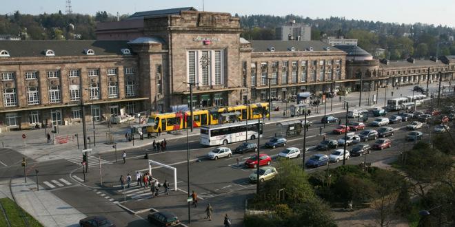 Un homme poignarde trois femmes à la gare de Mulhouse — Haut-Rhin