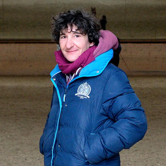 Nathalie centre équestre les kà vuadens, équitation à Bulle, Gruyère. Manège école équitation