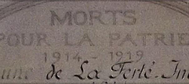 En tête d'un mémorial des morts de la Patrie à La Ferté-Imbault