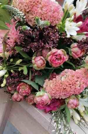 Bouquet de saison réconfort ton rose
