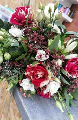 Bouquet de saison réconfort ton rouge