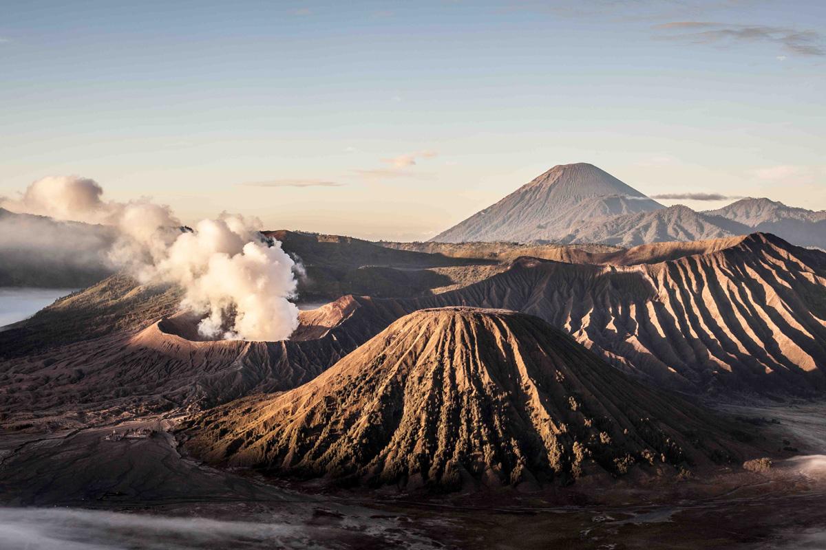 Sur Les Volcans De Java En Indonsie