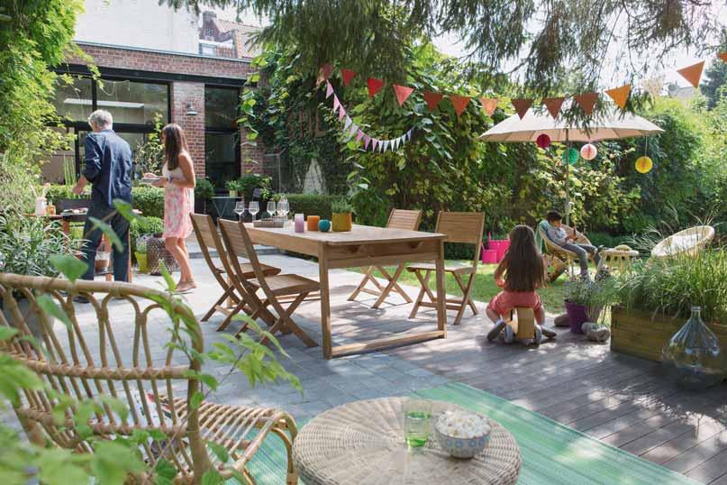 tables pour dejeuners de famille les plus beaux jardins