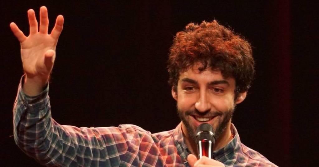Omar DBB, découverte humour et stand-up sur le spot du rire