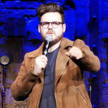 Nicolas Fabié, découverte humour, joue au Comedy Club