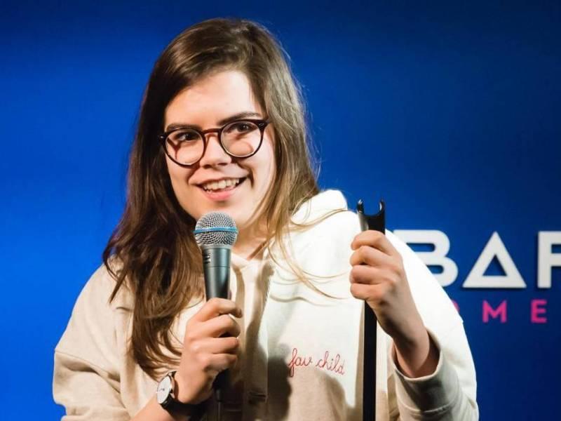 Bon anniversaire Jean : le spectacle de Fanny Ruwet au Barbès Comedy Club