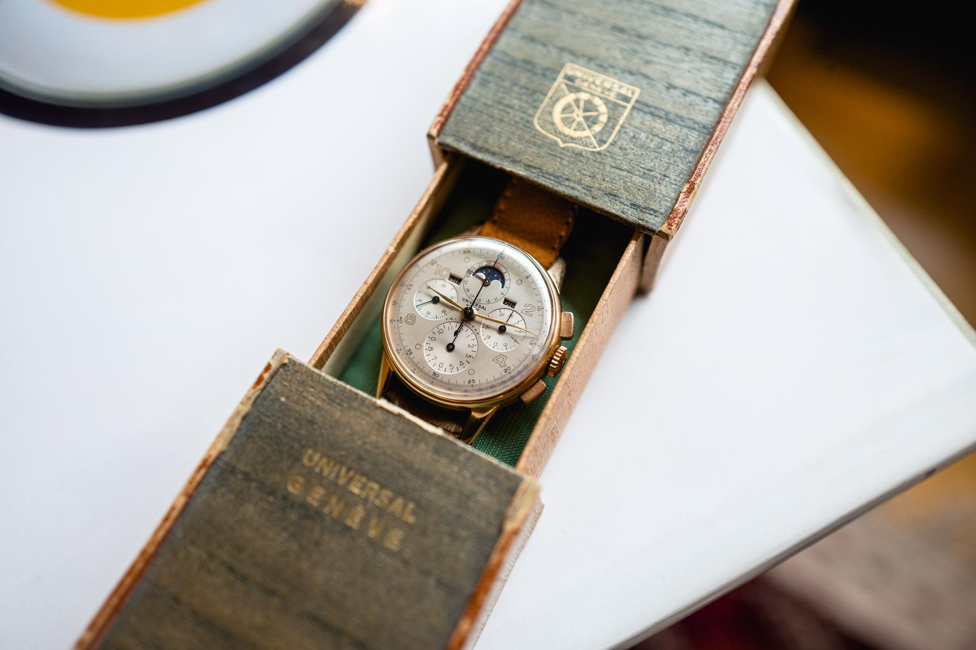 Antique Watches - Universal Genève Tri Compax
