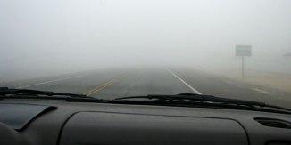 ¿Cómo conduzco con seguridad en la niebla? - Les Schwab