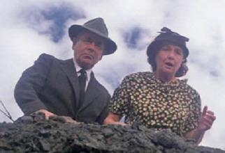 Jonathan e Martha Kent (Glenn Ford e Phyllis Thaxter)