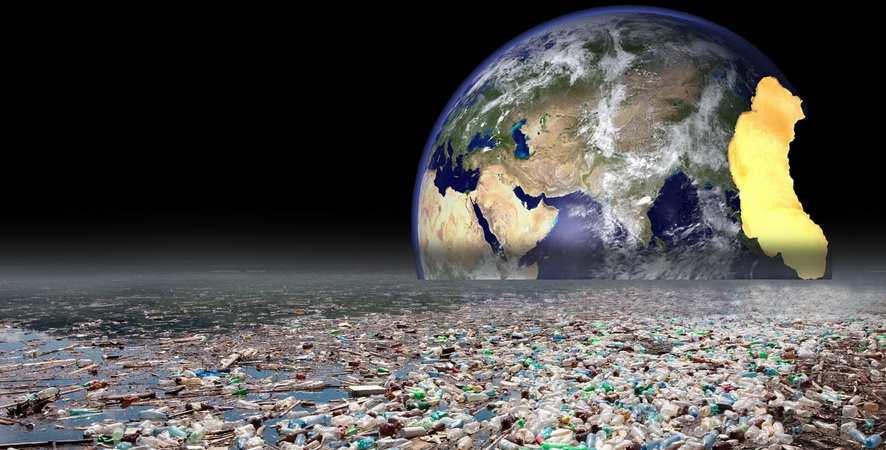 la terre devient une poubelle