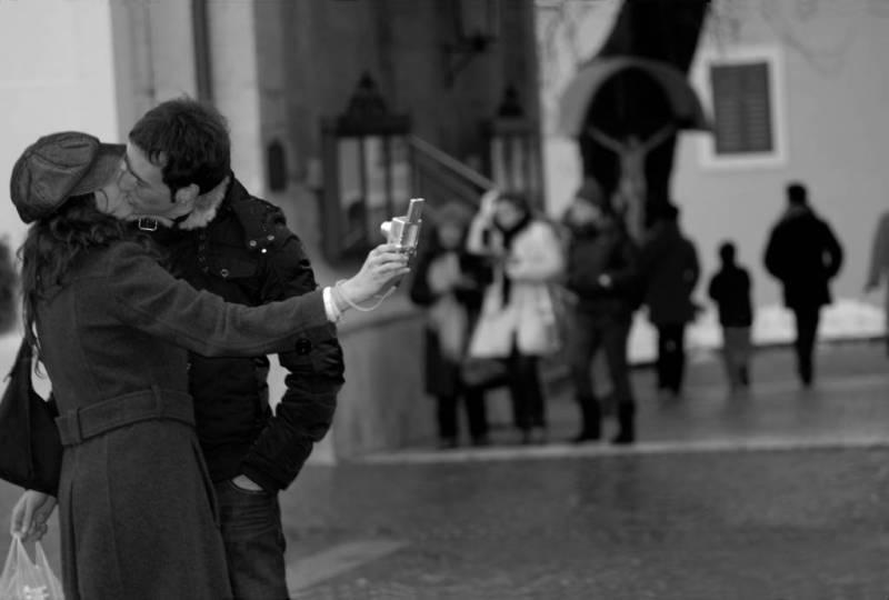 Fotoracconto foto di Claudio Saccari, il Bacio 2011
