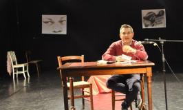 """Fabrizio Bregoli, """"fare poesia significa porsi fuori dall'ordine costituito""""."""