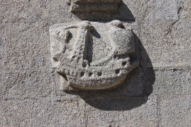 Sculpture de navire médiéval sur l'église de Roscoff. Au XVe siècle, la...