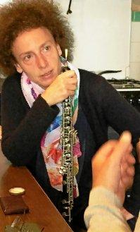 Pédagogue reconnue, Marika Lombardi enseigne dans divers conservatoires, à Paris, où elle est désormais établie. Elle propose des master class de hautbois et de musique de chambre dans le monde entier.