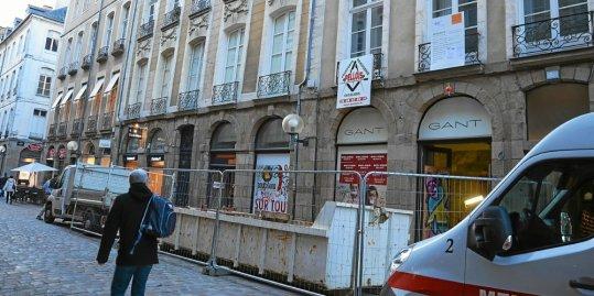 Rue Nationale, à Rennes, lors des travaux d'installation de la boutique Nespresso.