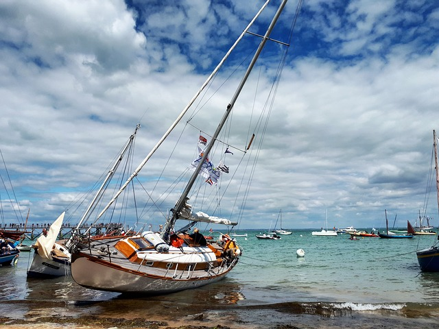bateau sur la plage de noirmoutier