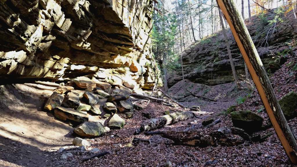 Devil's Punch Bowl at Shades State Park | Let Me Give You Some Advice